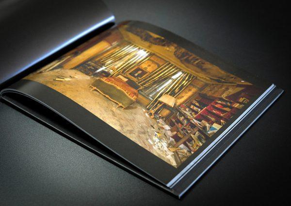 Daanoe booklet, open